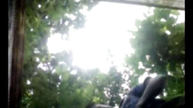 વિર્ય ની પિચકારી મારવી વીડીયો સેકસી બીપી છોકરી ના મોં માં વિર્ય ગાંડ સફેદ