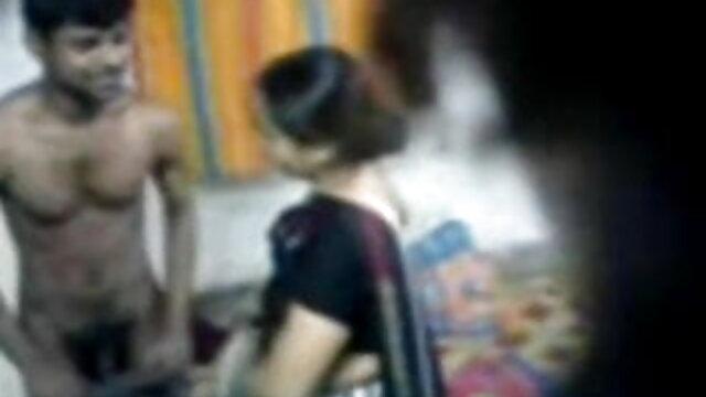 સુંદરતા સેકસી વીડિયો બીપી વીડીયો એક ટી-શર્ટ પારદર્શક