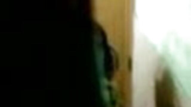 છોકરી pleases સામે ત્રીપલ એક્સ સેકસી બીપી વીડીયો પોતાની જાતને વેબ કેમેરા