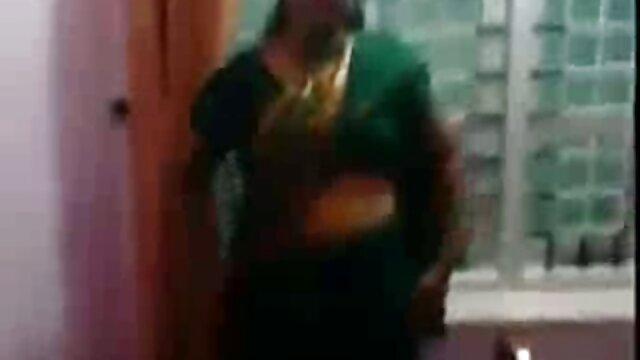 બાળક ખેંચાય બેડ સેકસી સેકસી બીપી વીડીયો પર
