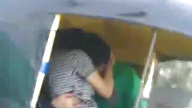 બે છોકરી બીપી વીડીયા સેકસી મિત્રો હોલ્ડિંગ એક ગેંગ બેંગ