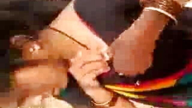 ભારતીય ગુજરાતી સેકસી બીપી વીડીયો સ્ત્રીઓ સુંદર જેકુઝી